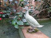 статуя качок у англійська сад. — Stok fotoğraf