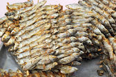 Grilled fish in the market — Stock Photo