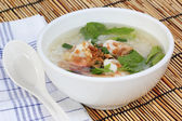 Boiled rice with shrimp — 图库照片