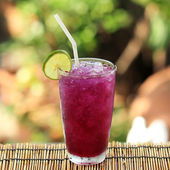 Butterfly pea juice with Lime for drink — Stock Photo