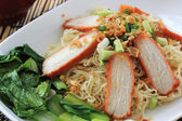BBQ Pork with Egg Noodle — Stock Photo