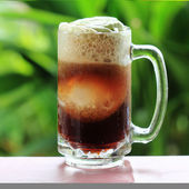 Root beer float — Stock Photo
