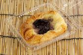 Danish pastry with blueberries jam — Zdjęcie stockowe
