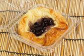 Danish pastry with blueberries jam — Stockfoto
