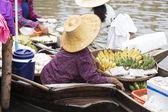 Traditional floating market  — Stock Photo