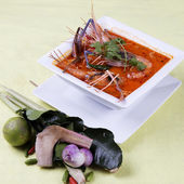 Tom yam kung , sour and spicy of shrimp soup — Stock Photo