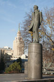 Moscow, monument to Lermontov on Novaya Basmannaya — Stock Photo