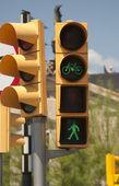 светофор для пешеходов и велосипедов — Стоковое фото