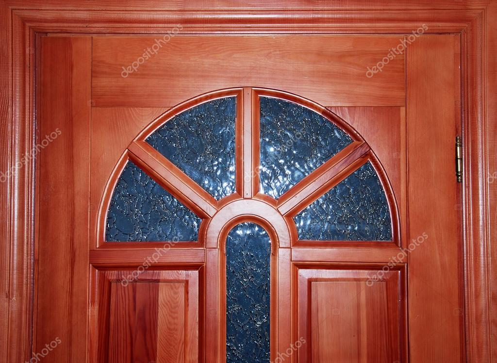 Puerta de madera con vidrio vitrales foto de stock for Vidrios para puertas de madera