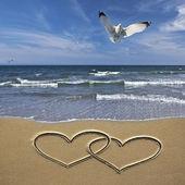 Desenho corações na areia — Foto Stock