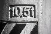 10.5 tones sign — Stock Photo