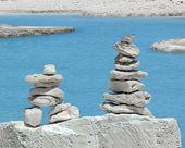 Equilibrium of the pyramid stones — Stock Photo