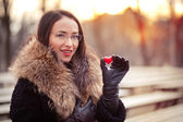 Valentines day girl on the street — Stock Photo
