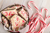 Geleneksel tatil çikolata nane kabuğu — Stok fotoğraf