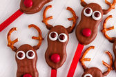 Snowmen and Reindeer Cake Pops — Stock Photo