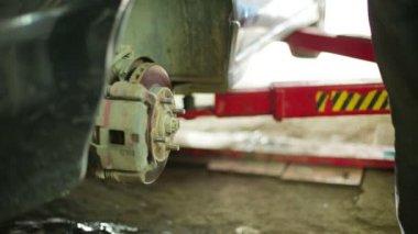 Tire disassembling. — Stock Video