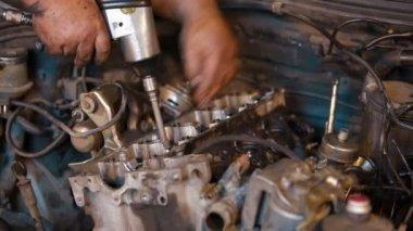 Repairman Disassembles Engine — Stock Video