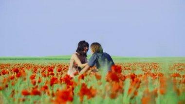 Love on field — Stockvideo