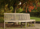 Circular Wooden Bench — Stockfoto