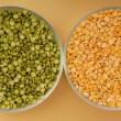 Stock Photo: Green peand yellow pea