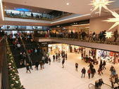 Centrum Galerie shopping centre in Dresden,Germany (2013-12-07) — Stockfoto