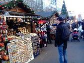 Christmas market on Vaclavske namesti, Prague, Czech Republic — Stock Photo