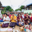 CHAIYAPHUM,THAILAND May 15 : Unidentified the buddhists pray to  — Foto Stock