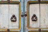 Old door and handle for vintage style — Stock Photo