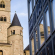 Modern vs old architecture, Cathedral of Trier — Stock Photo #46961995