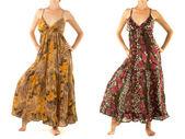 長く美しい女性のドレス — ストック写真
