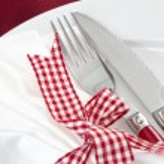 Elegant red table setting — Stock Photo