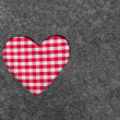 Red and white checkered heart — ストック写真