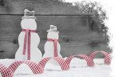 Christmas snowmen with ribbon — 图库照片