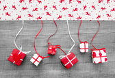 Red and white Christmas presents — Stock fotografie