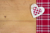 Greeting card with checkered red and white heart for Christmas, wedding, valentine or mother's day — Stock Photo
