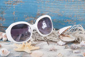 Sunglasses with seashells — Stockfoto