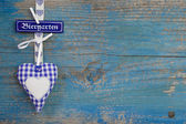 """Bavarian blue wooden background with heart and text """"beergarden"""" — Stock Photo"""