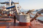 Eski bir su güverte gemi - antik te paslı, antik detayları — Stok fotoğraf