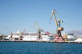 Shipping: cargo transport on the water. Crane in the port for lo — Stock Photo