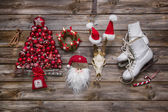 Christmas decoration in classic colors: red, white and wood in n — Stock Photo