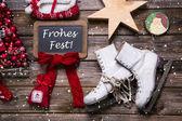 """Веселая Рождественская открытка с немецкий текст: """"frohes fest"""". — Стоковое фото"""