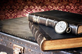 Old watch and books — Stok fotoğraf