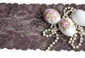 Decoupage ovo, rendas e pérolas — Fotografia Stock