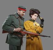 A German soldier with the lady on the hunt — Foto de Stock
