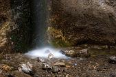 滝や岩 — ストック写真