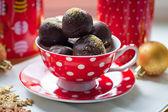 Trufas de chocolate y taza lunares — Foto de Stock