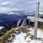 Wooden Cross On Mountain Top — Stock Photo
