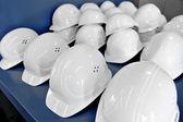 Capacetes de proteção branca — Foto Stock