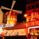 Paris. Moulin Rouge — Stock Photo #34370541