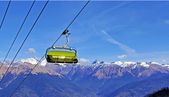 Chair ski lift, Winter Olympic Games 2014, Sochi 2014, Rosa Khutor, Krasnaya Polyana — Foto de Stock